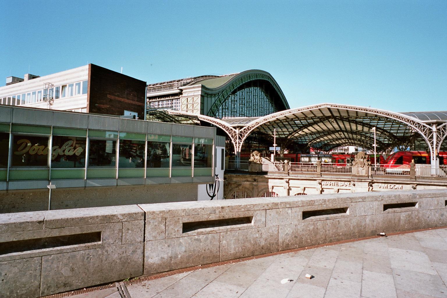 seidaris-photography-cologne_hauptbahnhof-analog-contax_g-kodak-01